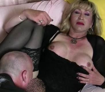 TransAllegra wird in den Arsch gefickt